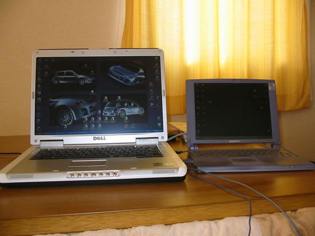 DELL Inspiron 6000(左)とVAIO 505V(右)