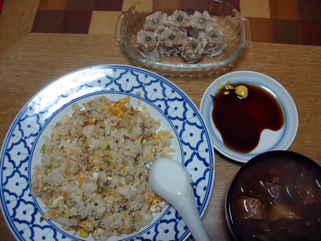 ねぎ炒飯,焼売,味噌汁