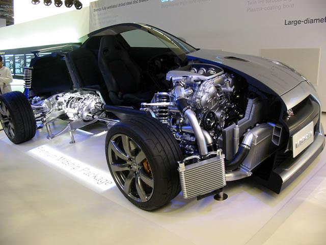 NISSAN GT-Rカットモデル(前)
